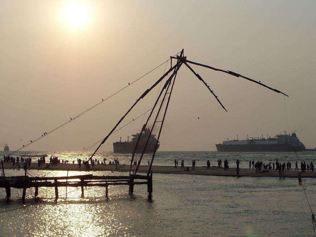 Chinese Fishing Nets Fort kochi beach