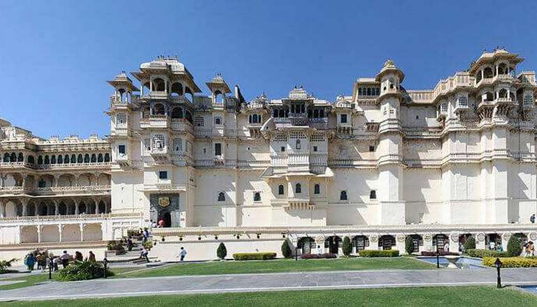 City_Palace_Udaipur_Front