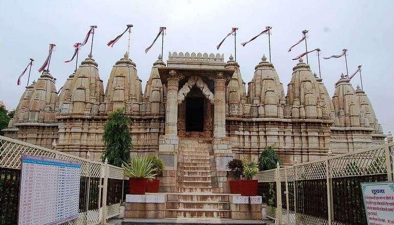 Sathis Deori Jain temple, Chittorgarh