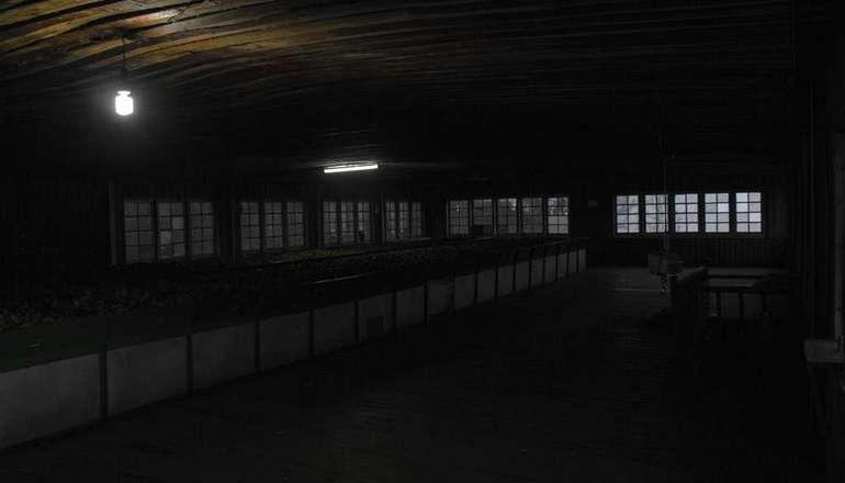 Kolukkumalai Tea Factory inside