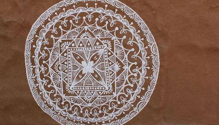 Mandana_art_work_at_shilpgram_,_udaipur