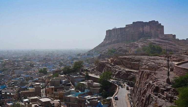 Mehrangarh_fort_over_jodhpur