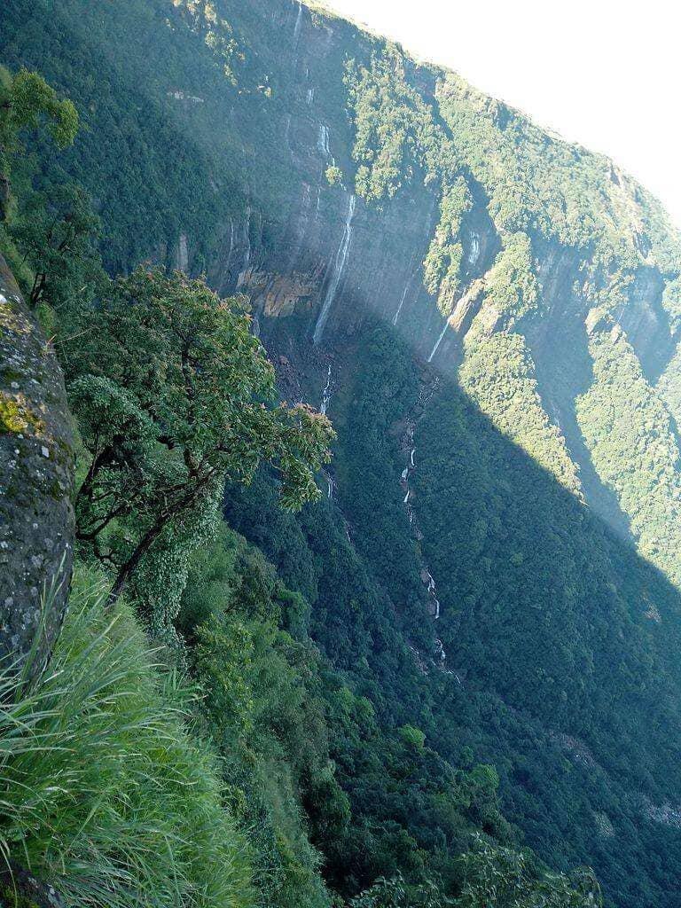 Nohsngithiang Falls Cherrapunjee